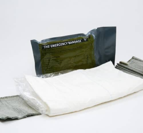 Extra large emergency trauma bandage